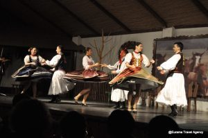 Hungarian Folk Show in Traditional Inn