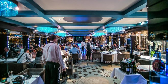 Budapest Spoon Standing Ship Restaurant Lights