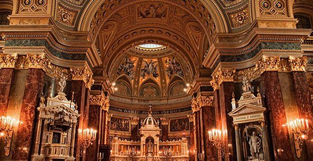 St Stephen Basilica photo by Neil Howard